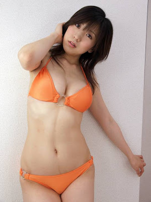 Ren Yoshioka Japnaese Gravure big breast gallery