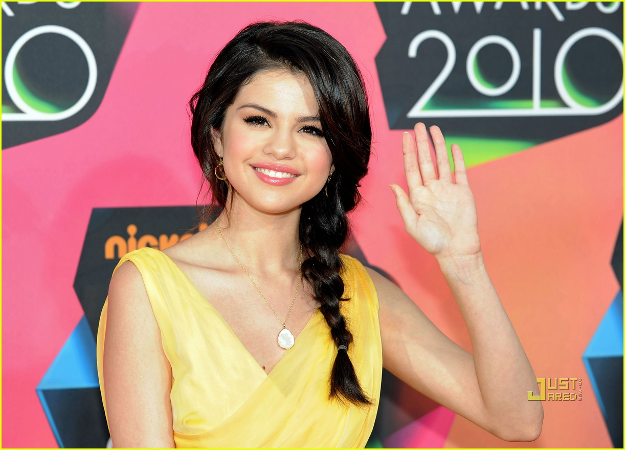 Selena Gomez Selena Gomez At The Kca