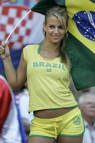 [brasileña.jpg]