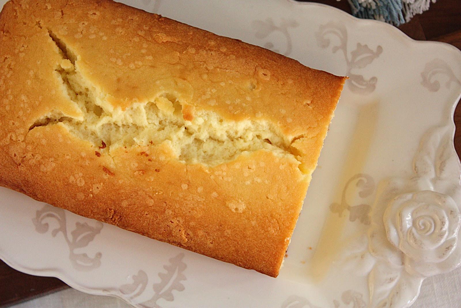 MARTHA STEWARTS CREAM CHEESE POUND CAKE