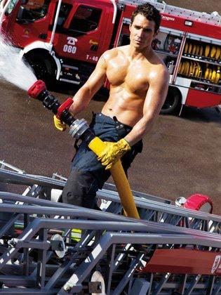 Foto sexy de bombero femenina