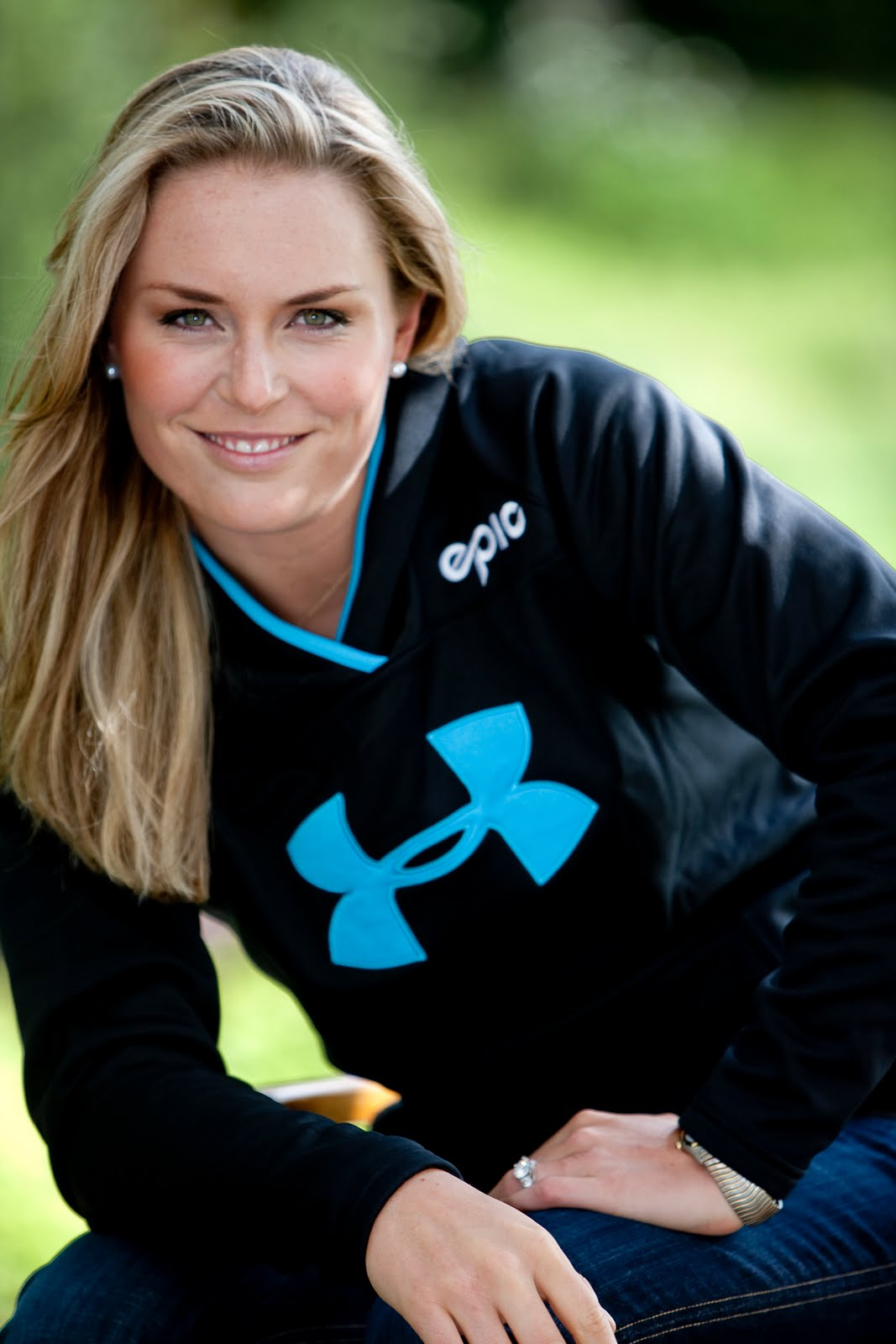 Choosing Wallpaper Inside And Outside The Match Lindsey Vonn