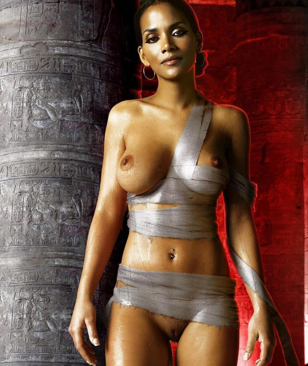 free-pics-of-halle-berry-naked