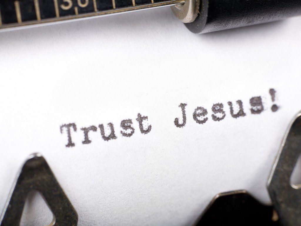 Trust Quotes Hd Wallpaper Love King Jesus King Jesus Wallpaper