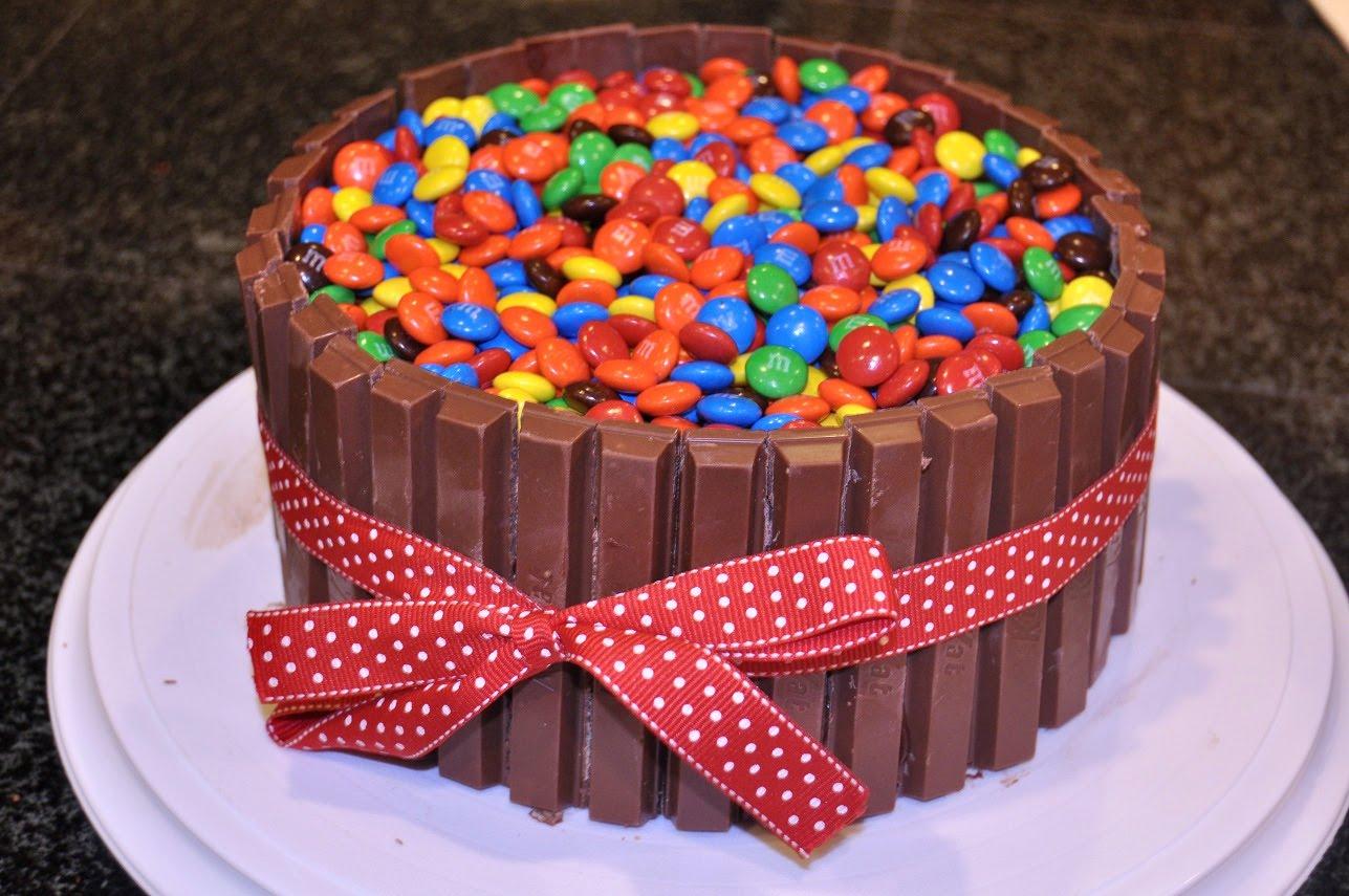 Amazing Chocolate Candy Cake