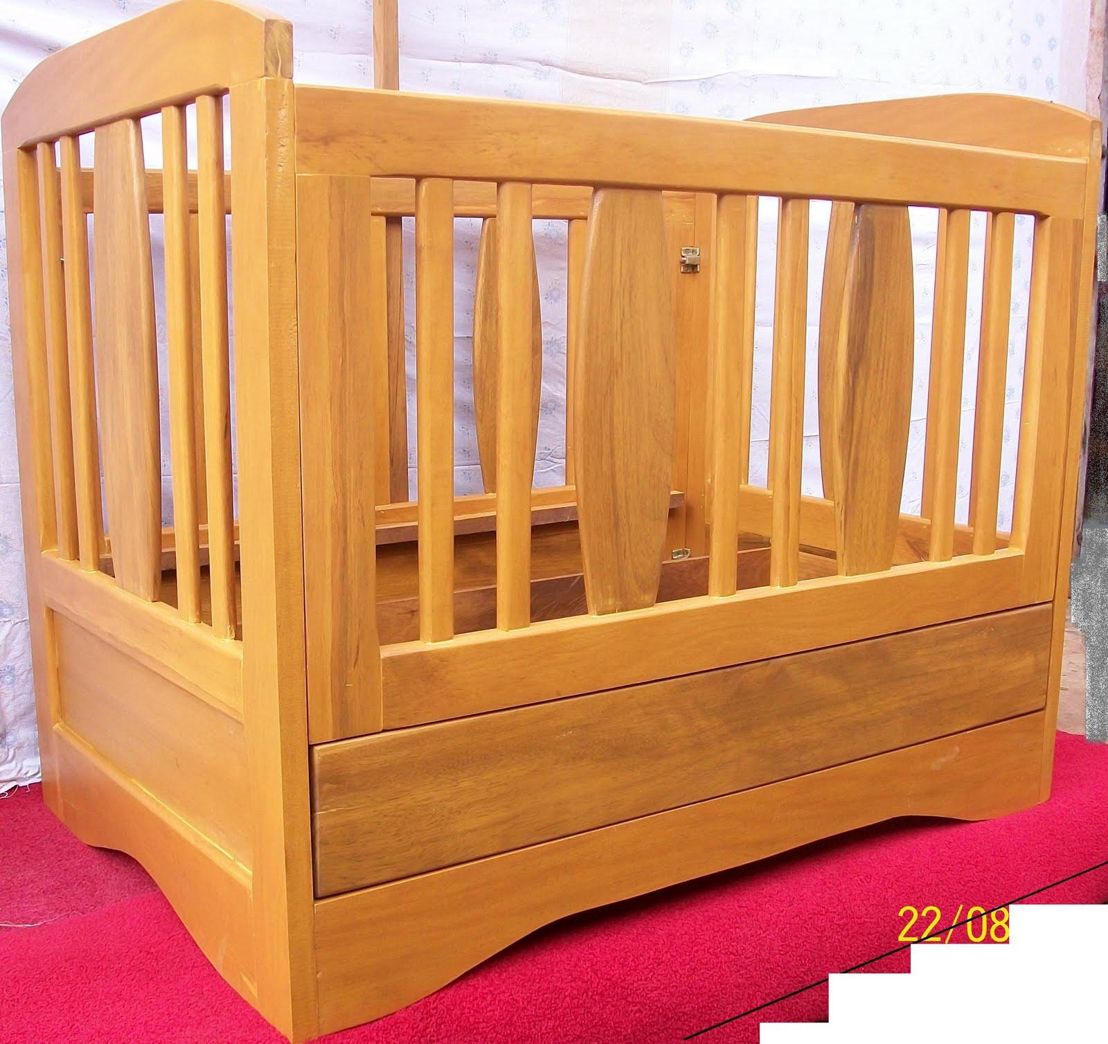 willy decor berceau en bois bilinga. Black Bedroom Furniture Sets. Home Design Ideas