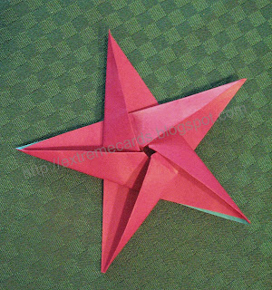 LEARN HOW TO FOLD ORIGAMI STAR SNACK BOXES. — Gathering Beauty | 320x300
