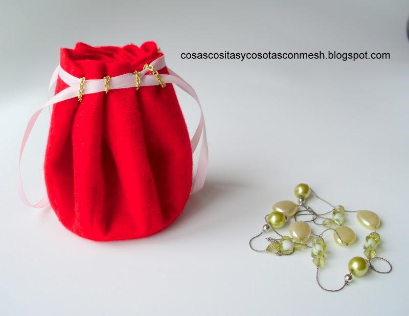 Bolsita de fieltro manualidades paso a paso cositasconmesh - Como se hacen adornos navidenos ...