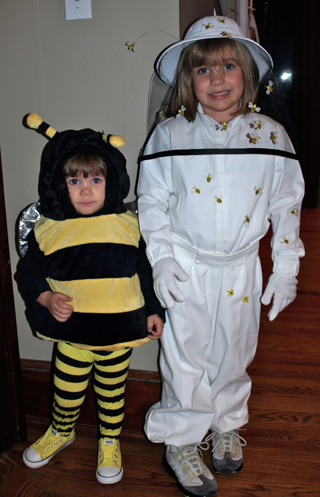 halloween costume series  bee and the beekeeper  sc 1 st  A. Party Style & a. party style: halloween costume series :: bee and the beekeeper
