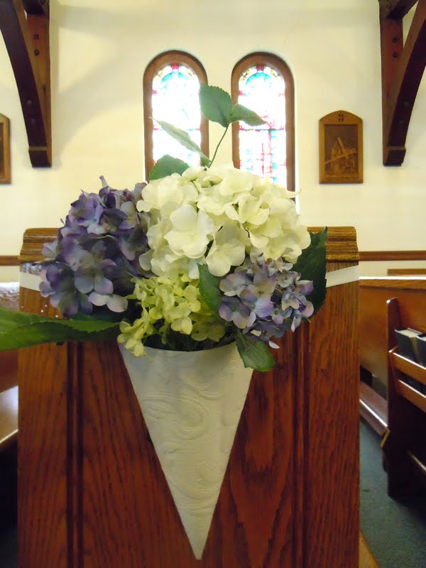 dodge the florist wedding flowers katie and andy 39 s purple and green ceremony and reception. Black Bedroom Furniture Sets. Home Design Ideas