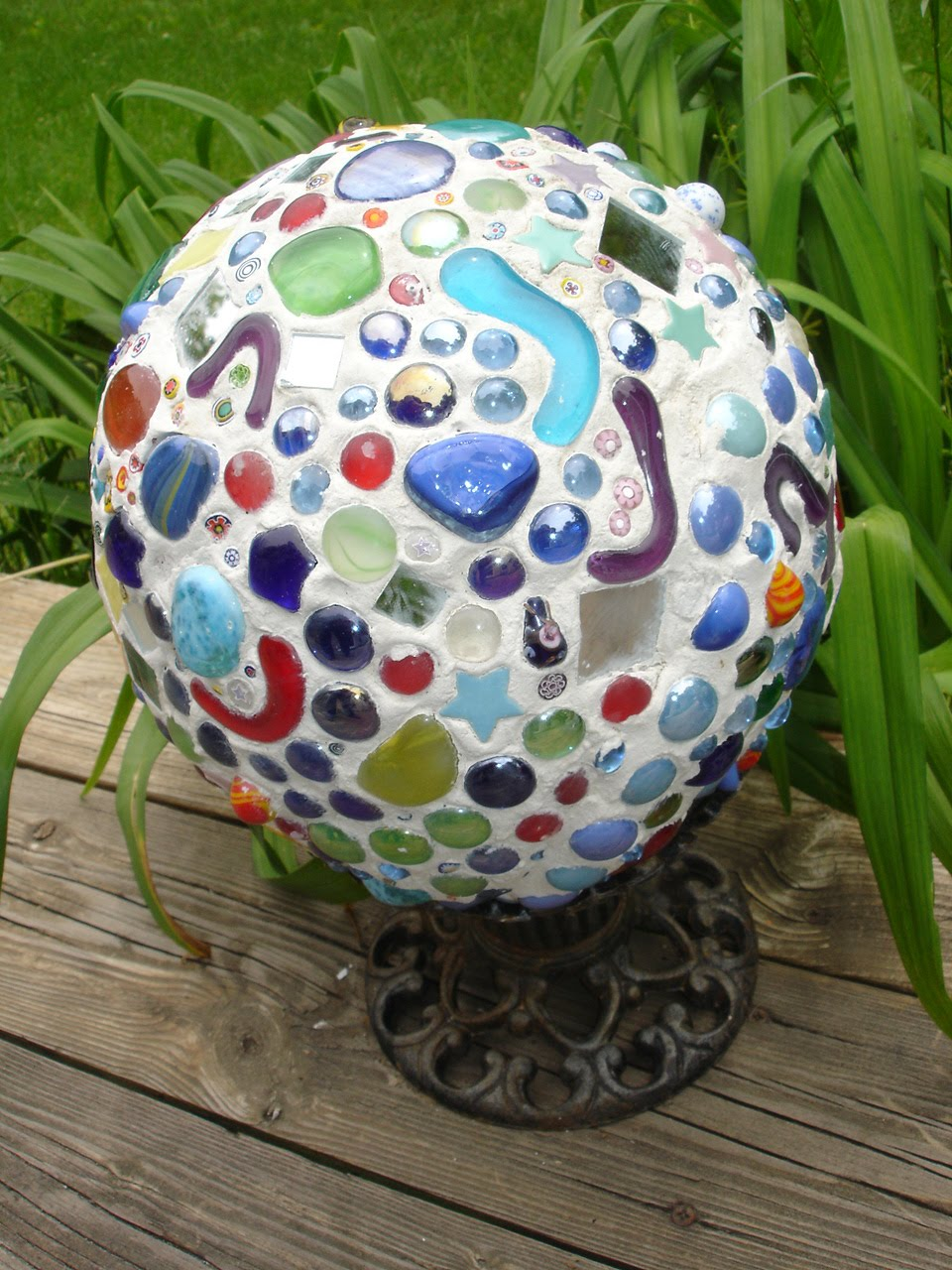 Creative Passage Mosaic Gazing Ball