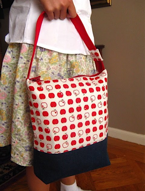 Blissful Tutorial Zippered Top Lunch Bags