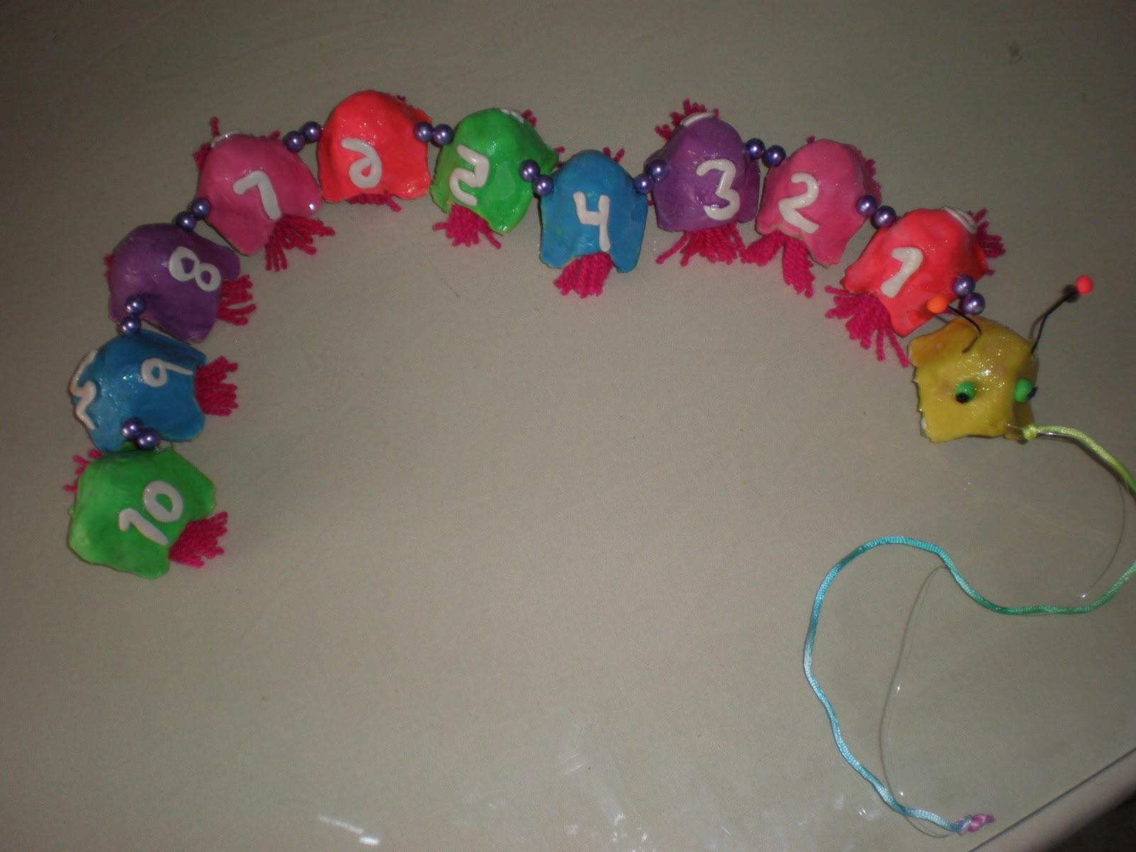 EXPRESS YOURSELF 1 Trabajo  Hacer un juguete con material reciclado