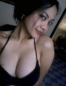 thai girls nude