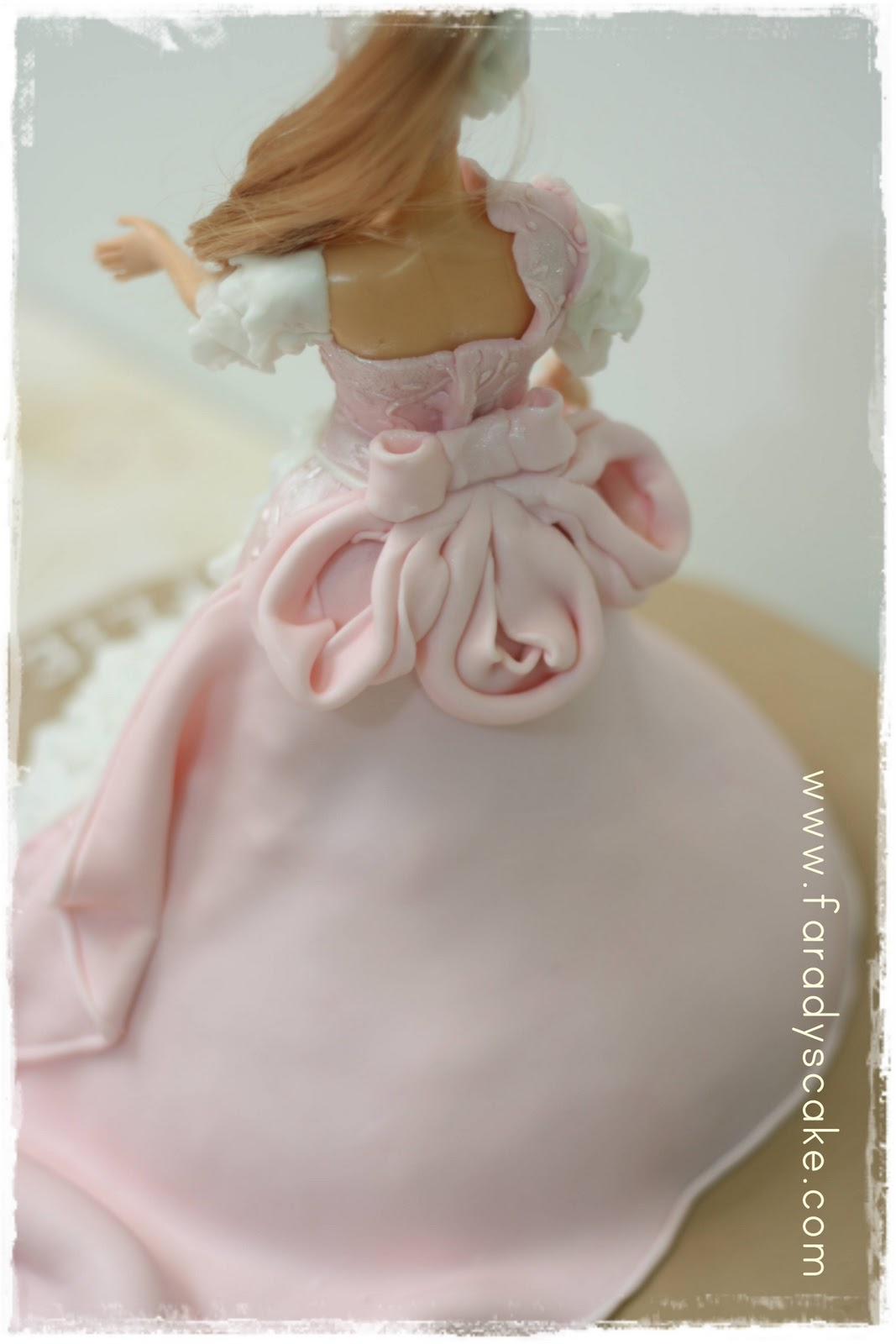Barbie Fondant Cake Images