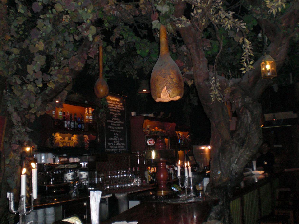 Degustando Barcelona  El Bosc de les Fades 7d2346cac7d4