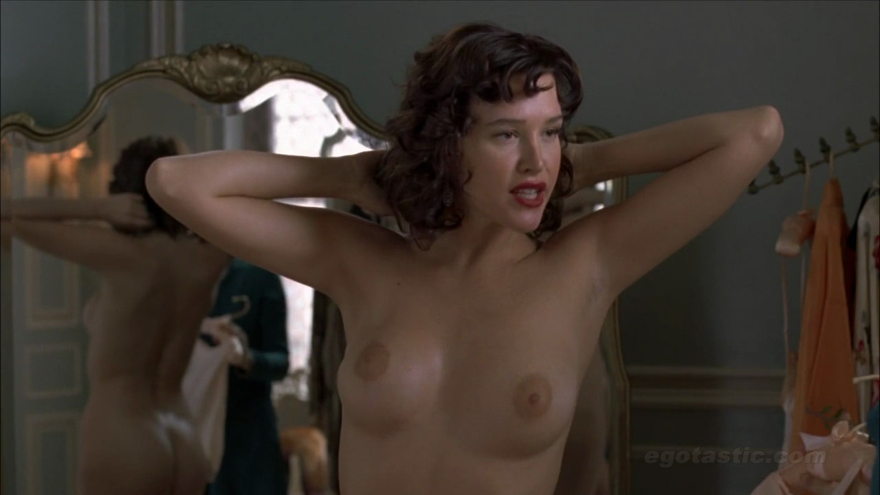 actress Nude tabu bollywood