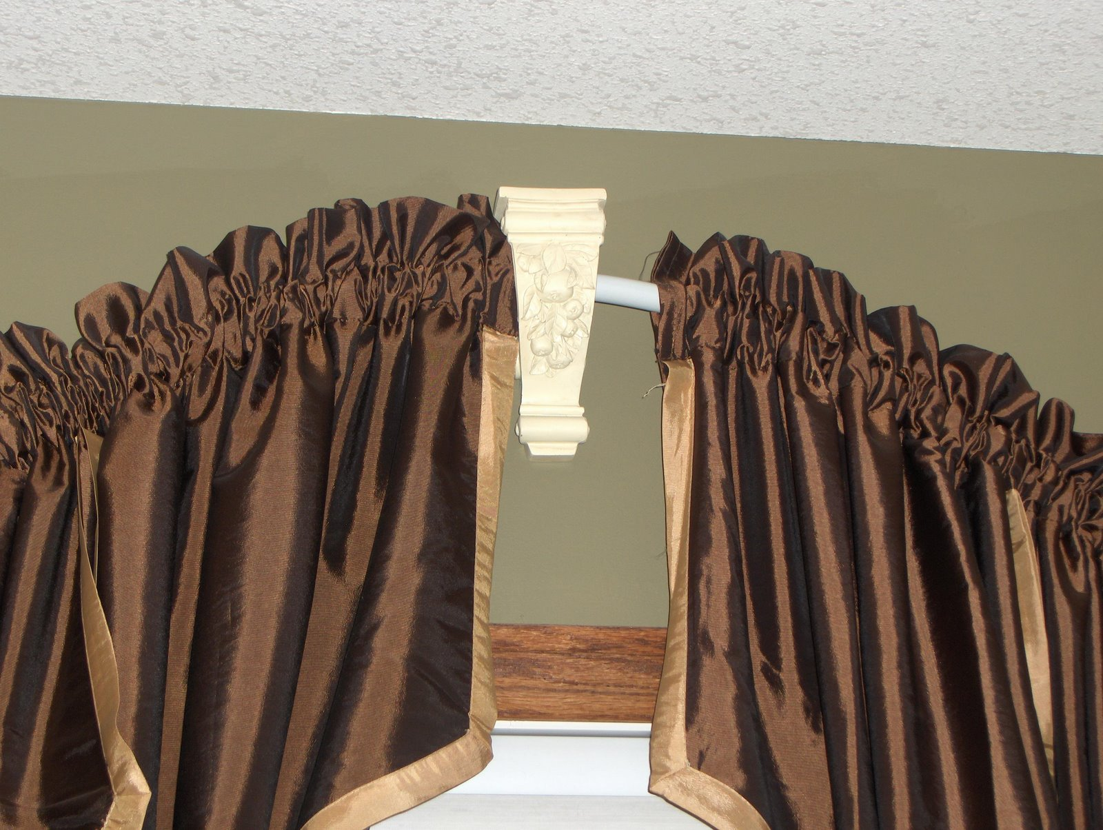 Curved Curtain Rods