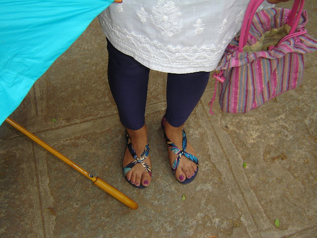 Leggings Stored In Shoes Hanger