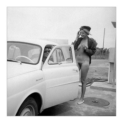Naked girls and classic cars useful