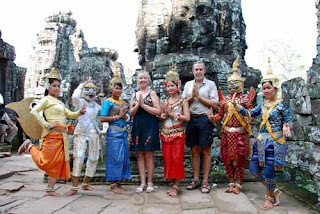 Traditional Cambodian Costumes Angkor Thom Cambodia