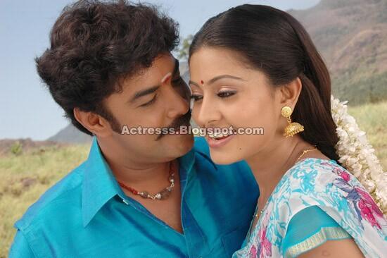 Telugu Actress Hot Photos: Murattu Kaalai Tamil Movie Stills