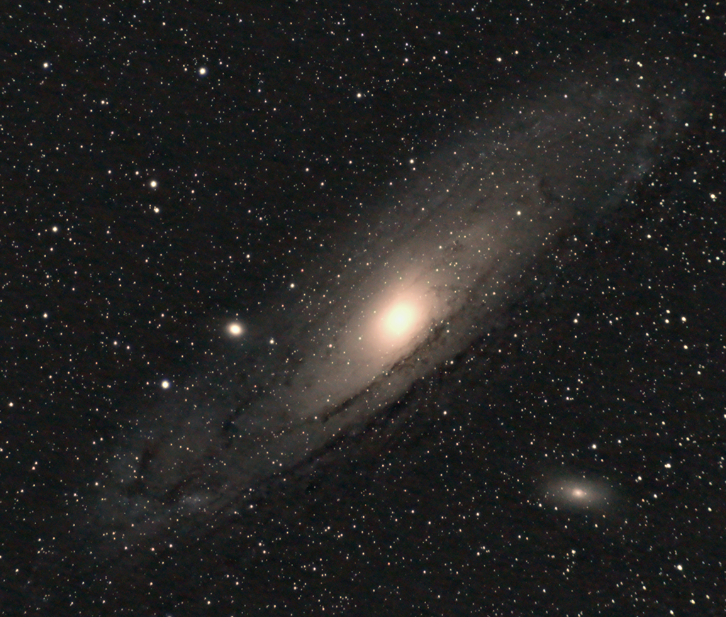 Elliptical Andromeda Galaxy - Pics about space