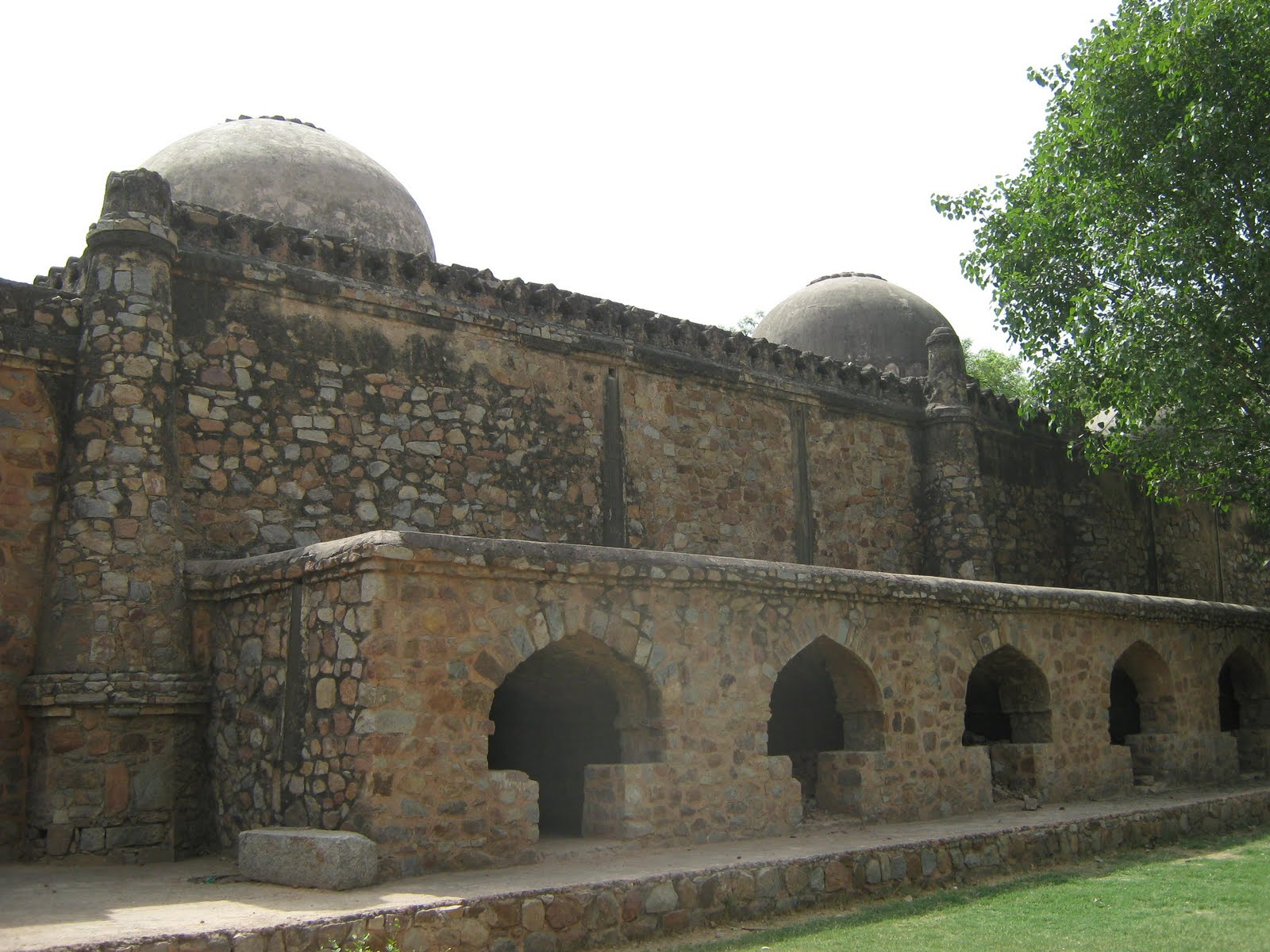 Chasing History: Mosque and tomb of of Makhdum Sabzwari
