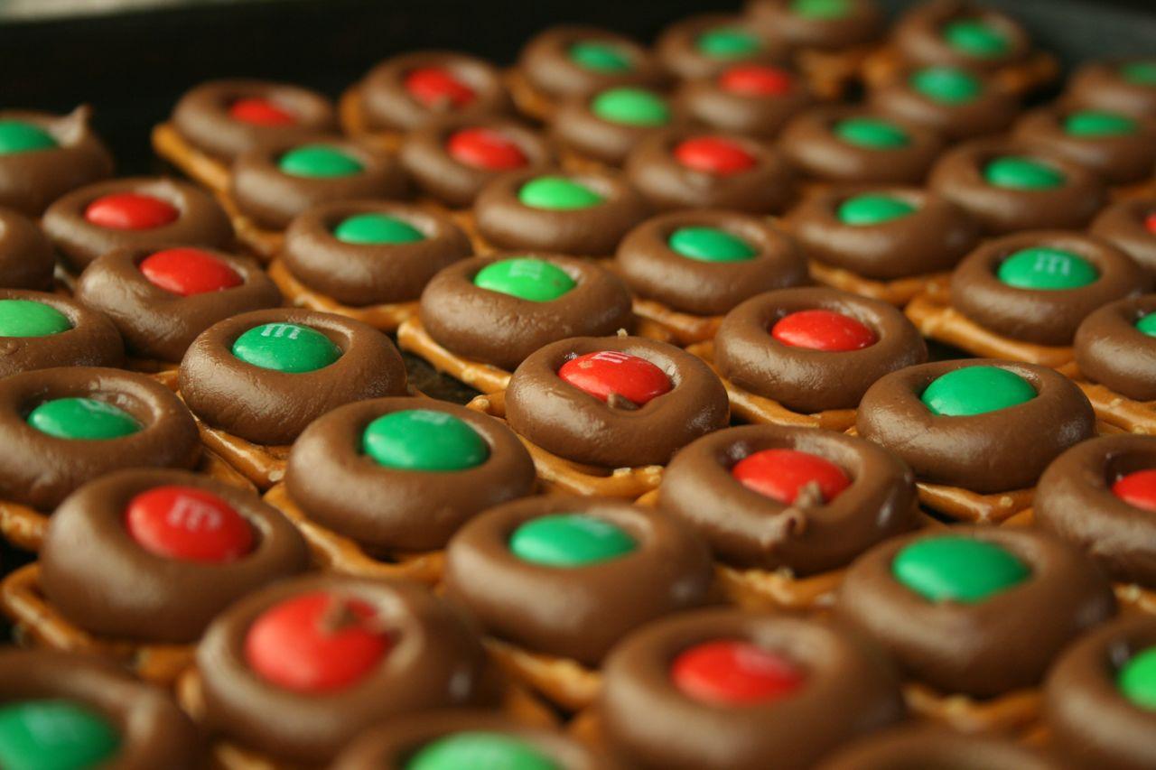 Recipe Shoebox Holiday Baking 9 Easy Chocolate Pretzel