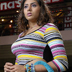 Top South Sexy Bomb Namitha Pictures