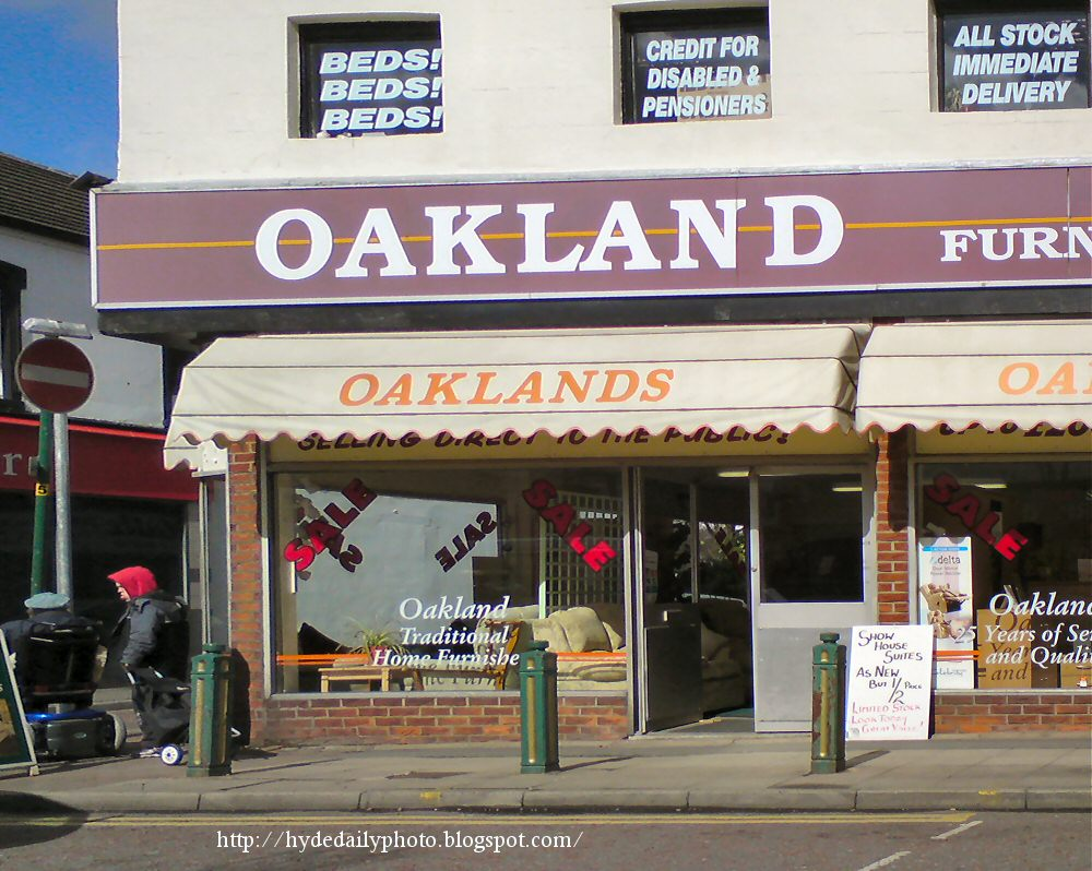 Hyde Daily Photo Volume 1 (2006 - 2011): Oakland Furniture ...
