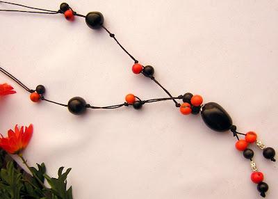 3878d5bfdb09 Collares y accesorios artesanales  Collar de semillas y metal