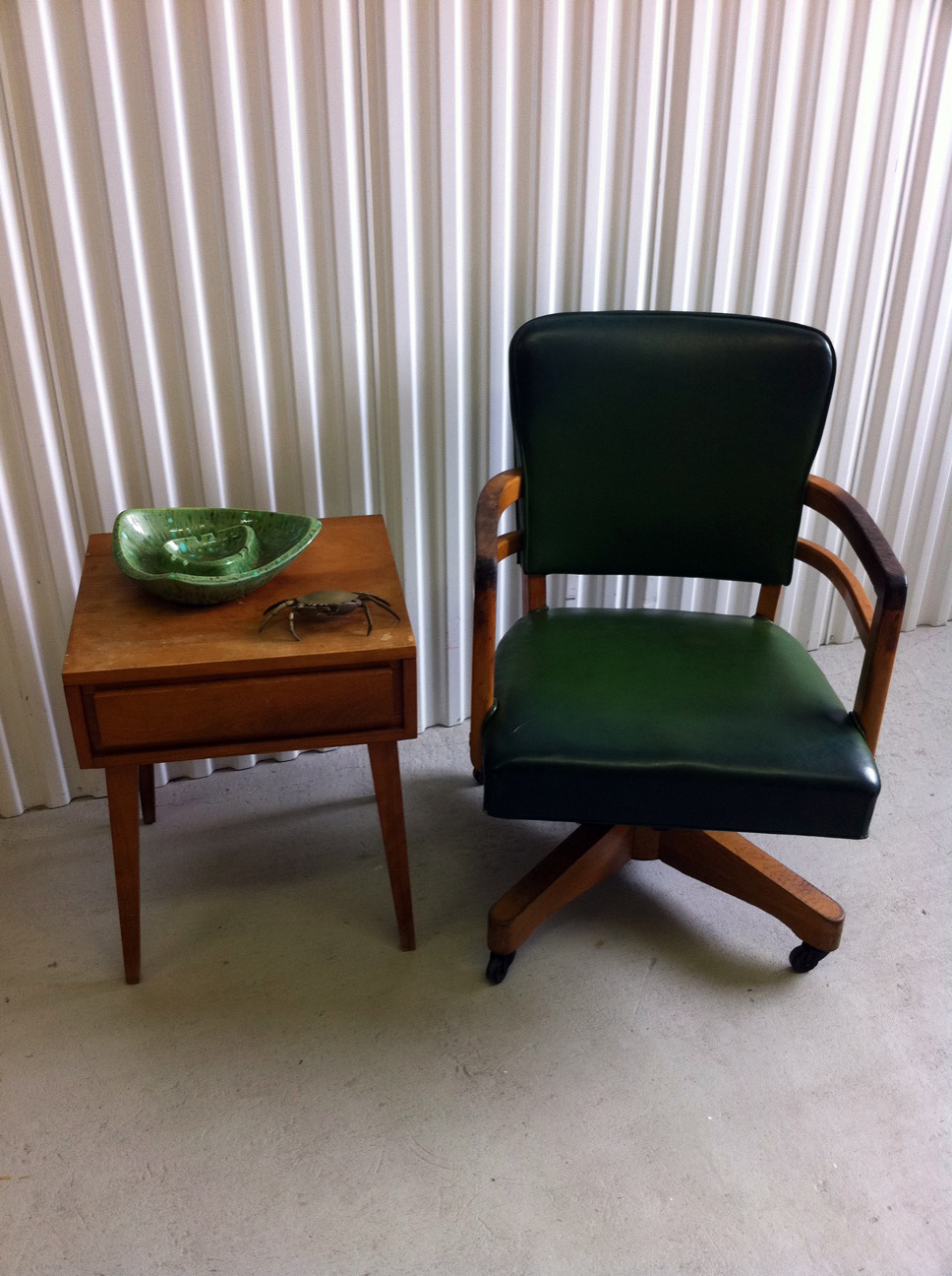 junk2funk: Mid Century Wood Green Desk Chair