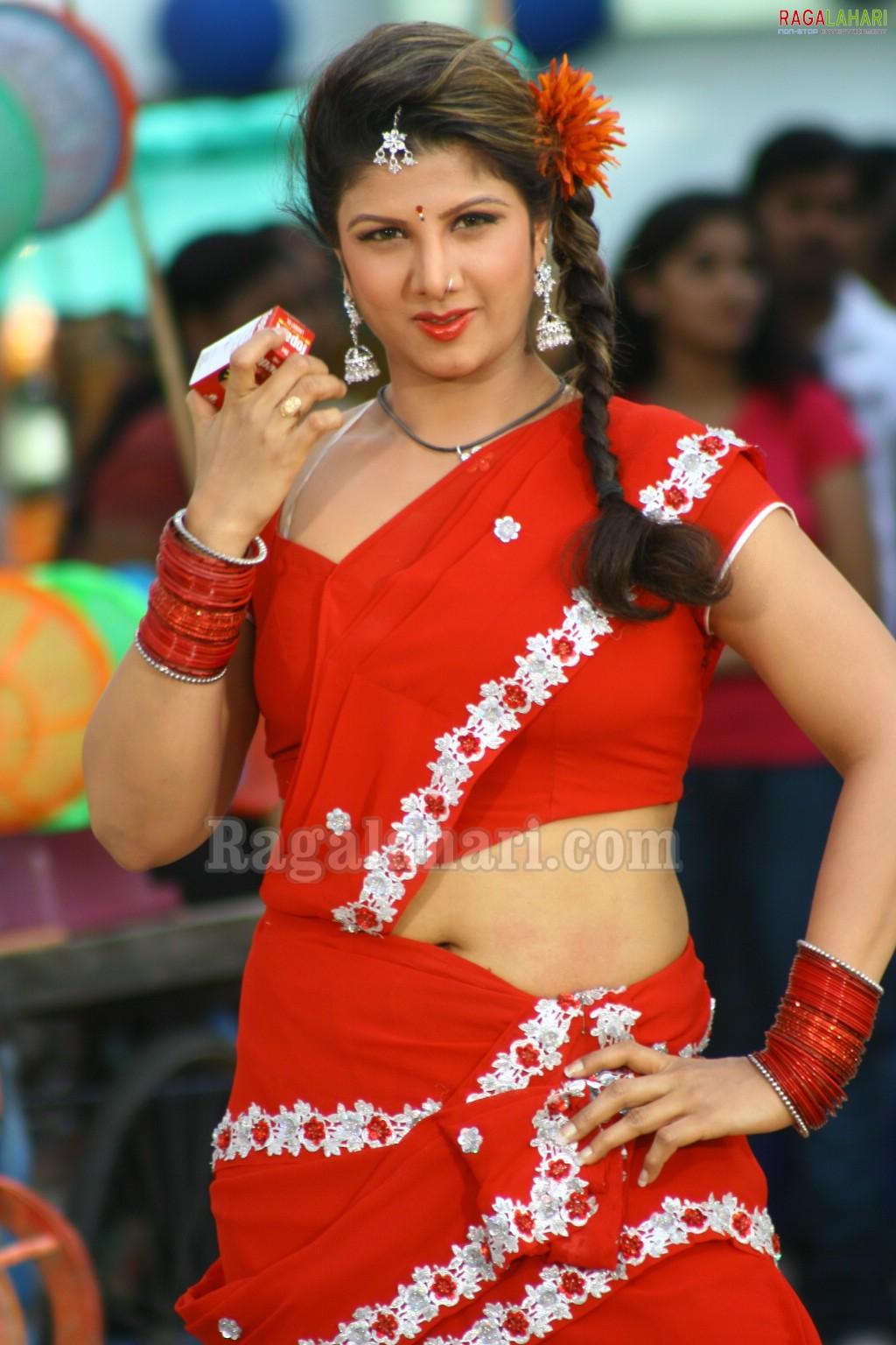 Tamil Sexy Actress Ramba Unseen Pics - Wallpapersimages -8559