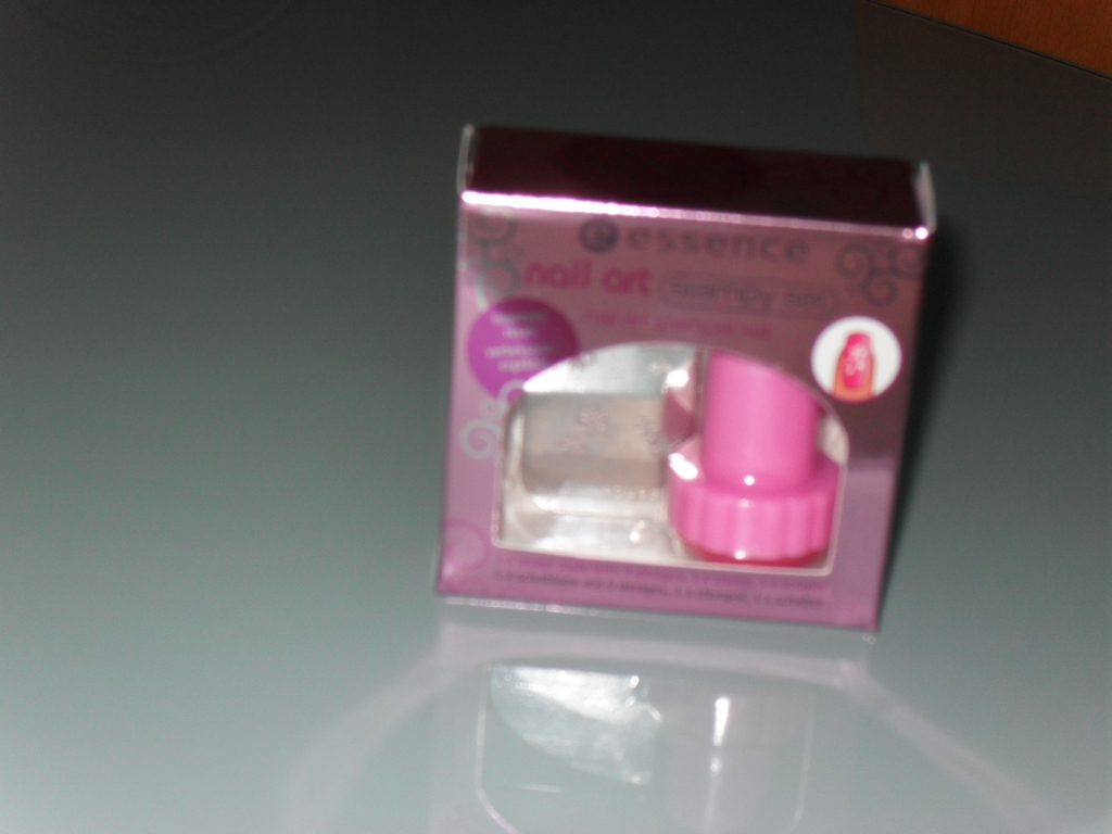 kit essence para nail art