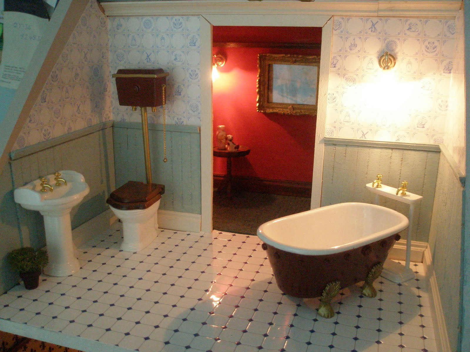 Julie's Doll House: Bathroom: Floor