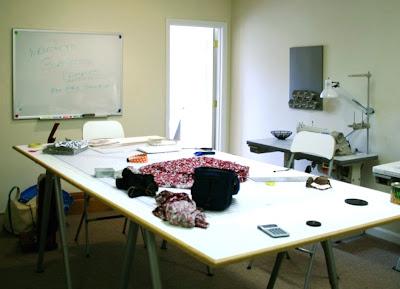 Ikea hacker tavolo da taglio xl for Tavolo da lavoro ikea