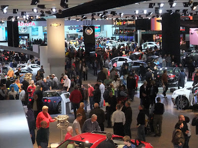 Best time to visit the Auto Show, Weekday, hours