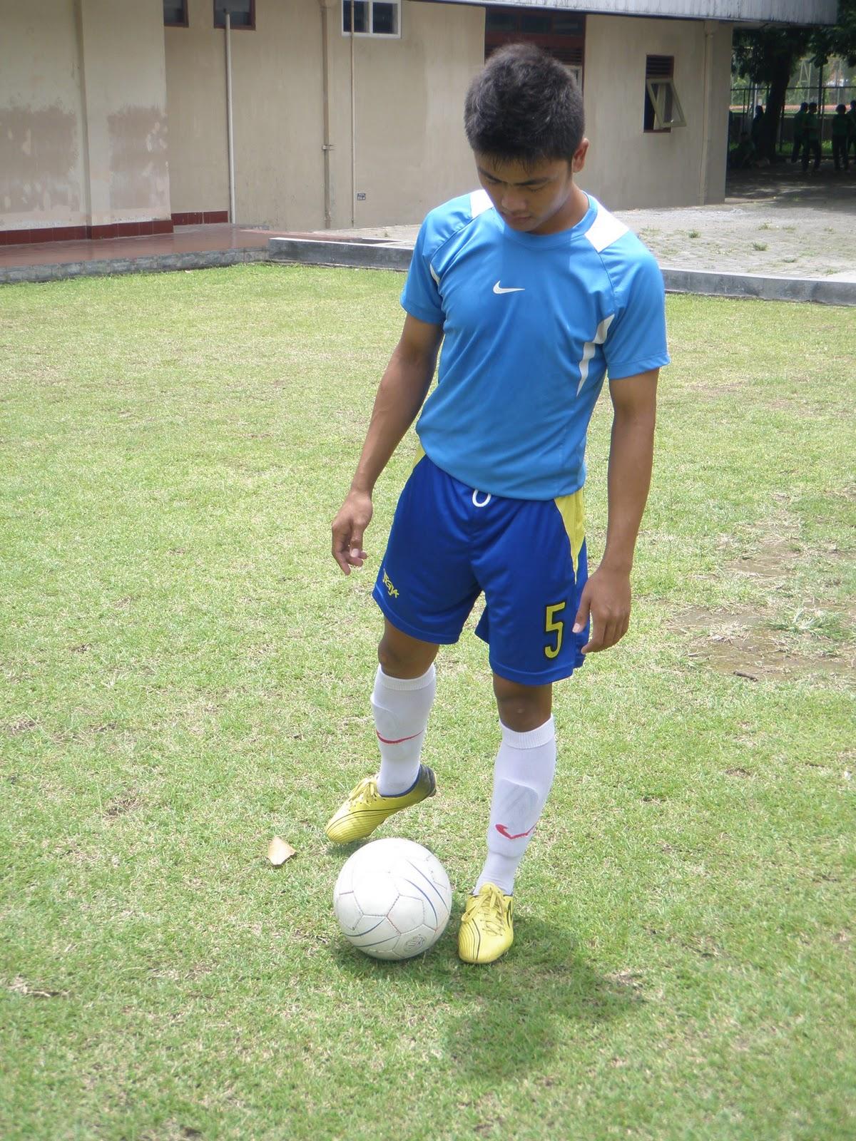 safrudin blog gambar dasar gerak pasing dalam sepak bola