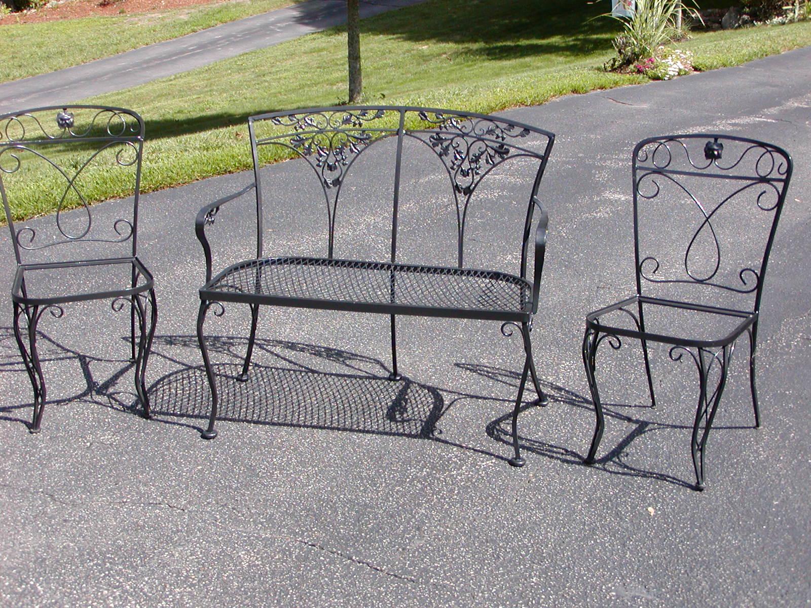 SFrye732_Blog Wrought Iron Patio Furniture Refurbished