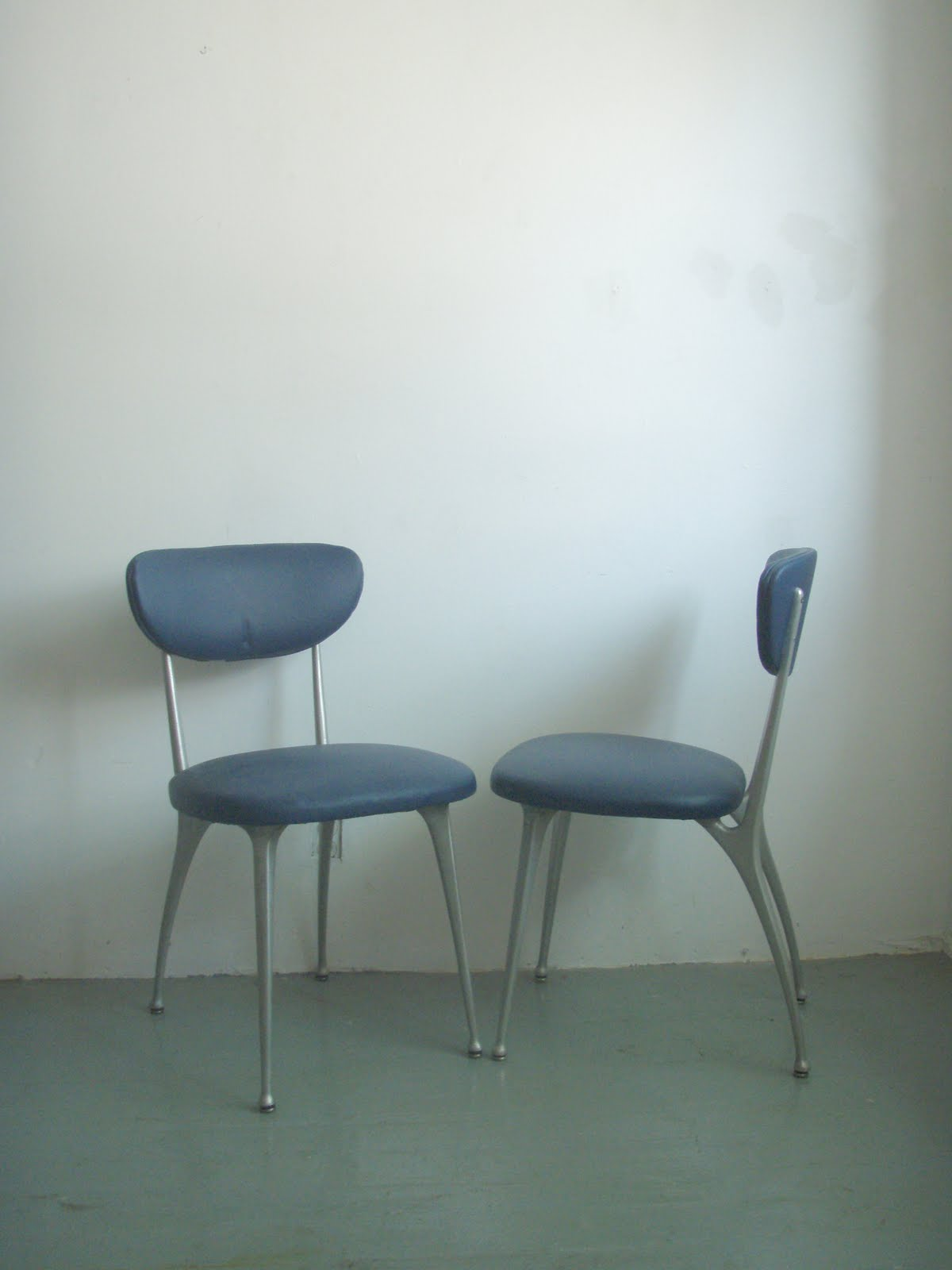 Great Pair Of Mid Century Dining Desk Chairs They Have Been Reupholstered In Navy Blue Naughahyde These Were Up On The Blog Ages Ago But Just