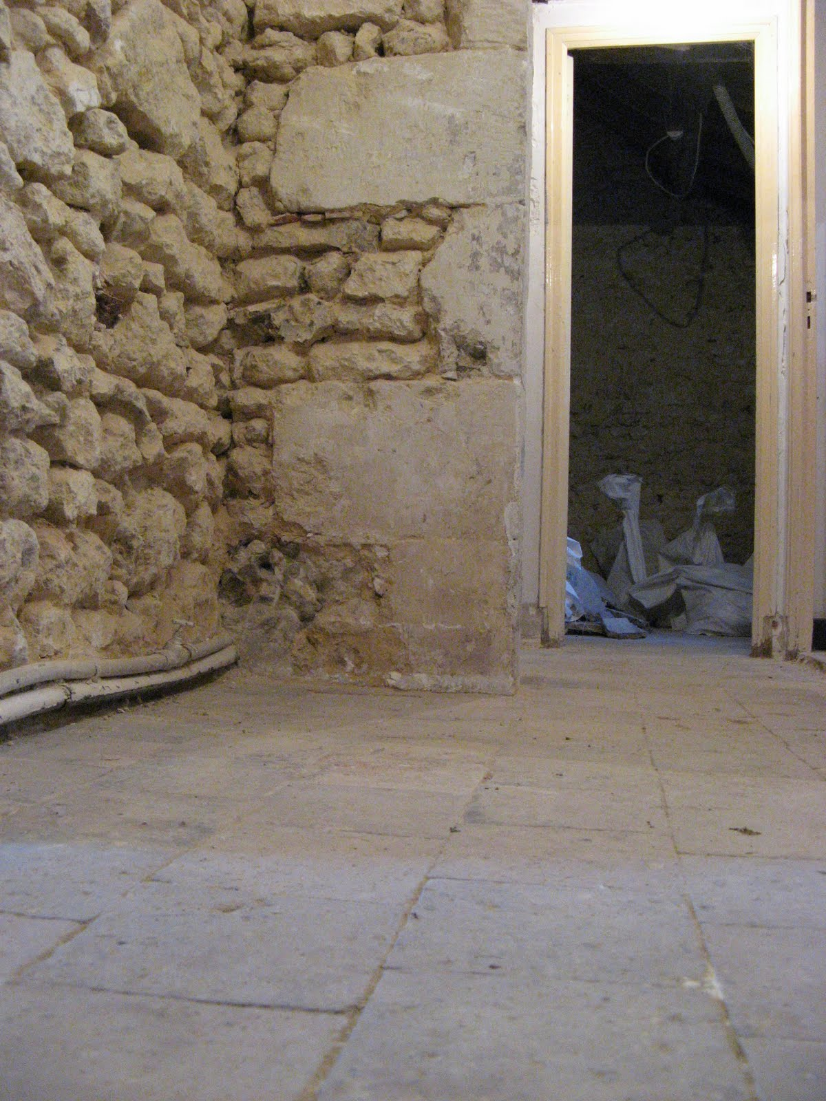 carrelage tunisie paris noisy le grand beziers bordeaux prix moyen travaux au m2 entretien. Black Bedroom Furniture Sets. Home Design Ideas