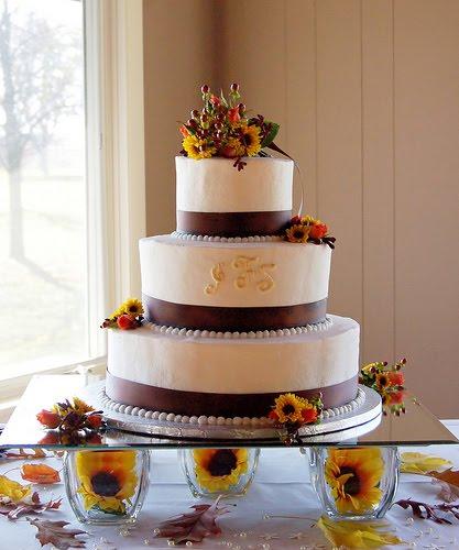 Fall Wedding Cakes Ideas: Dinda Sheeva Great Wedding Cakes Theme Designs Ideas