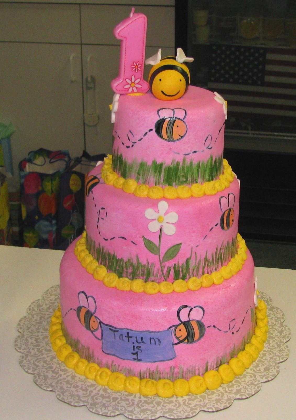 Sweet Endings By Stephanie Hand Painted Bumble Bee Cake