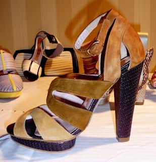 FOOTWEAR - Lace-up shoes Magrit QyV5Lt