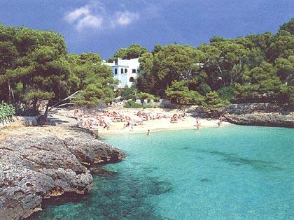 johnsunseaandskytravel: Cala d'Or - Majorca Travel Guide