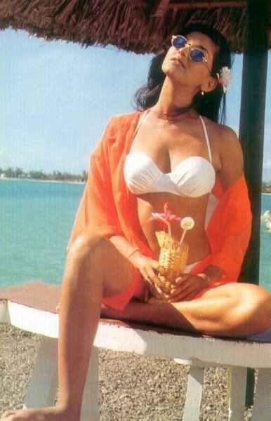 Bikini pictures of sonali bendre