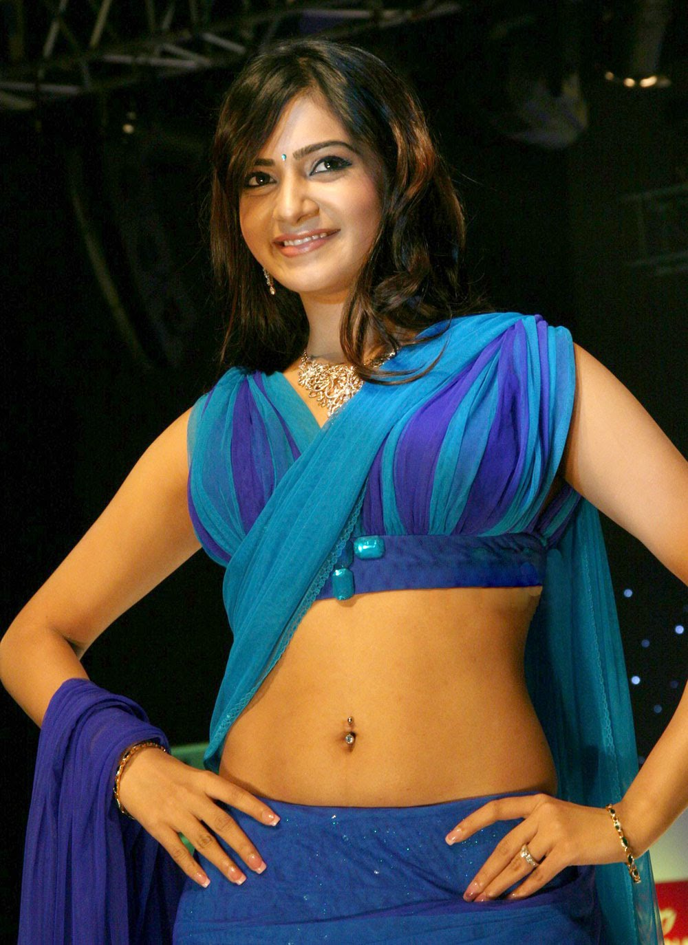 Tollywood Actress Samantha Hot Navel Photos - Saree Sexy -8361