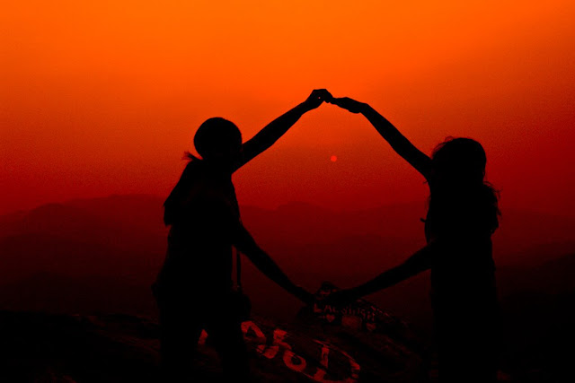 MUKTESHWAR & NAINITAAL: Another pic during sunset @ Mukteshwar