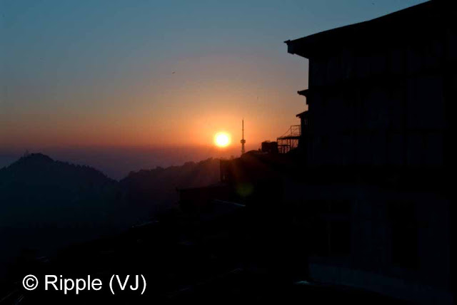 Posted by Ripple (VJ) : Shimla Night View : Sunset @ Shimla (Sunset view from Mall Road, Shimla)